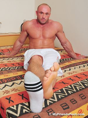 Dorian's Wide Size 10s In White Socks and Bare 34