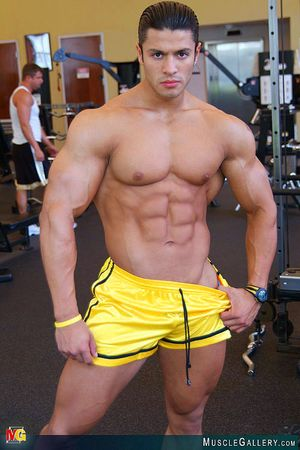MuscleGallery Ricardo Delgado-04p7