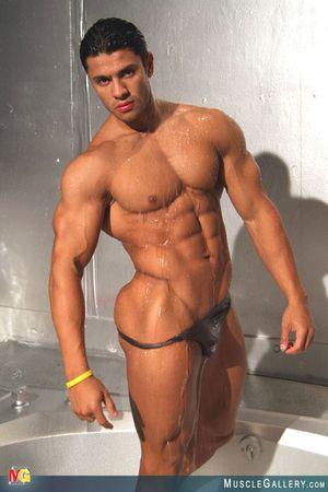 MuscleGallery Ricardo Delgado-17p6