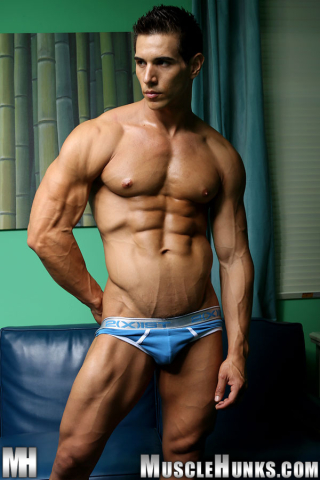 MuscleHunks Kevin Ramos