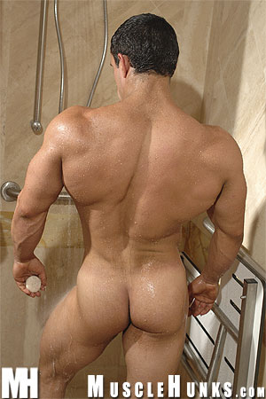 MuscleHunks Macho Nacho 28[1]