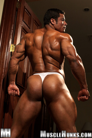 MuscleHunks Paulo Maneros