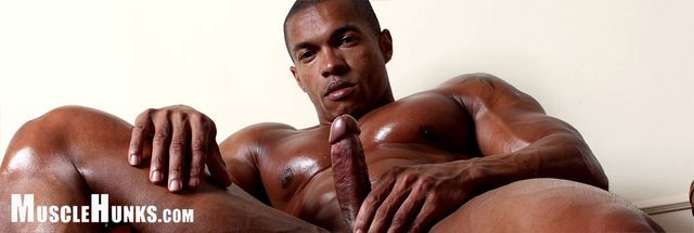MuscleHunks Augusto Elia