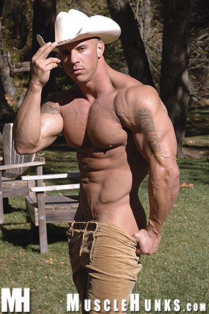 MuscleHunks Vin Marco 05