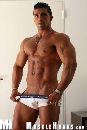 MuscleHunks Scott Kirby