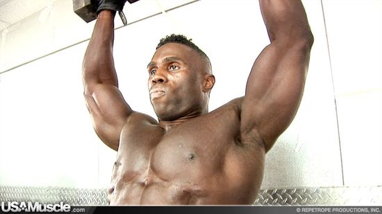 2012 NPC Nationals Mens Bodybuilding Pump Room Part 2