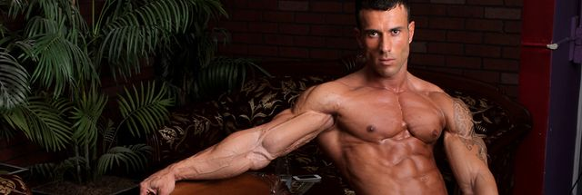 Pin on Muscle Hunks 5