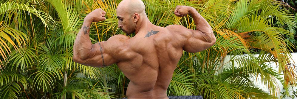 MuscleHunks Rico Cane