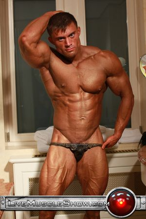 Live Muscle Show Rocky Remington