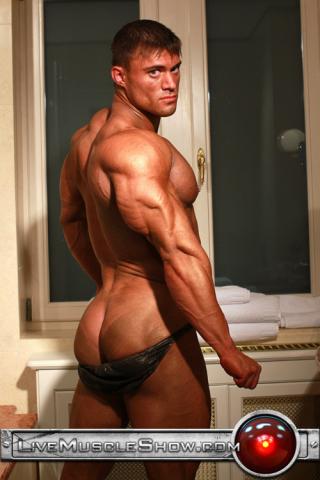 Live Muscle Show Rocky Remington