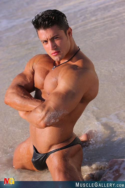 Bodybuilder Beautiful Jonny Delgado-8551