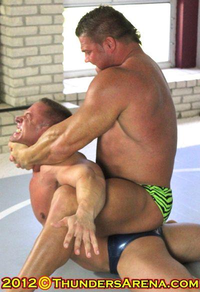 BodyBuilder_Battle_Johnny_Bravo_vs_Muscles_2012-11-20 at 00-45-39