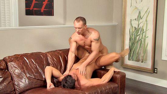 John Magnum Tops Benjamin Bradley