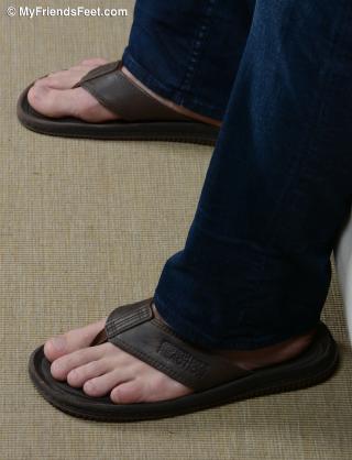 Scott Riley in Flip Flops and Bare Feet_002