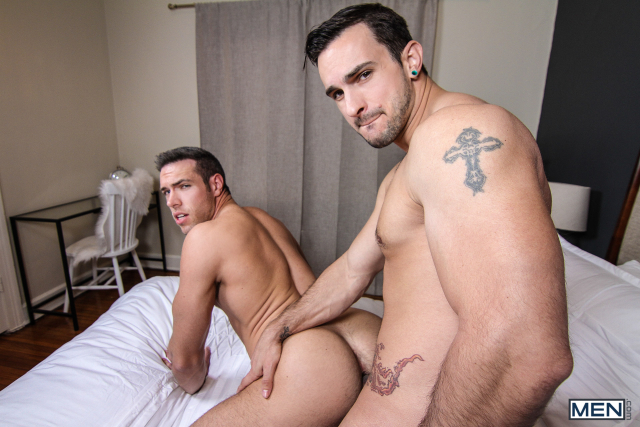 23 Alex Mecum and Phenix Saint in Betting On The Straight Guy Part 2