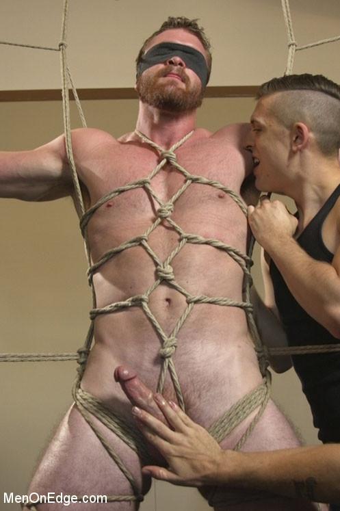 zeus-productions-muscle-bondage