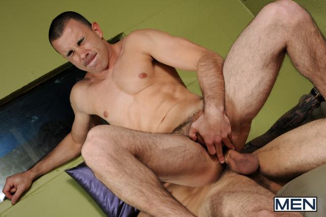 Chris Tyler - Phat Daddy - 12-12-11 193
