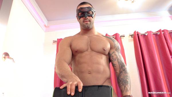 Bodybuilder Beautiful: Calvin Pierce