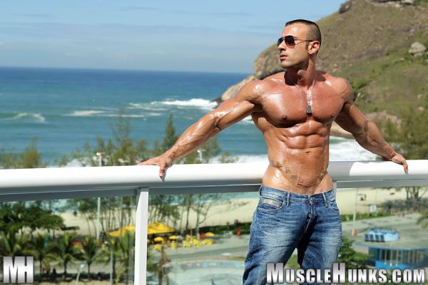 Bodybuilder Beautiful: Gianluigi Volti