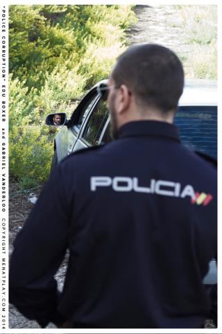 PoliceCorr_21