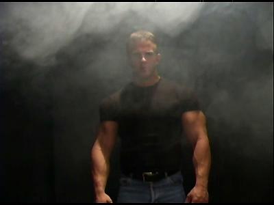 Muscle-Worship Derek Anthony
