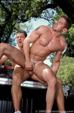 Robert Van Damme and Tyler Hill