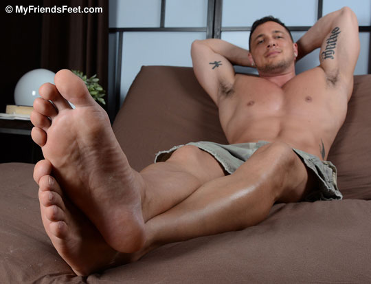 Joey D's Basketball Slides and Sexy Feet