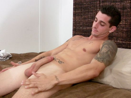Sexy NYC Marine Laurent Gets His 1st Gay Head