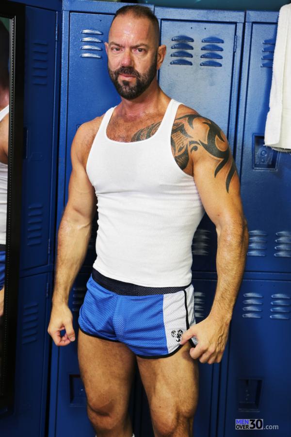 Bodybuilder Beautiful Profiles - Cody Miller