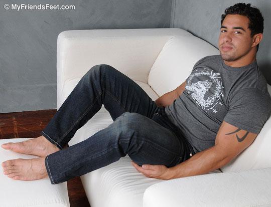 Sonny's Size 10 1/2 Feet In Jeans