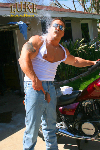 Smoking Hunks Luke With Cigars