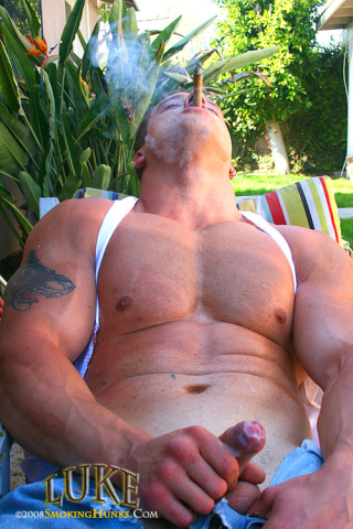 Smoking Hunks Luke With Cigars