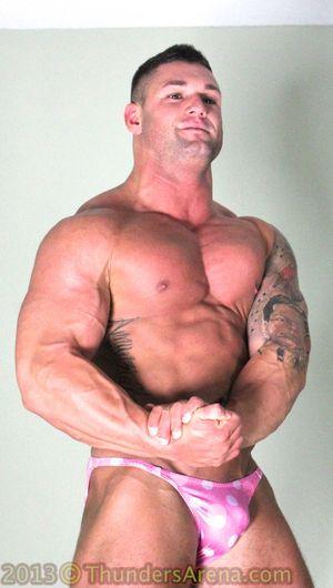 Bodybuilder Battle 58 Dominic vs Brad Barnes