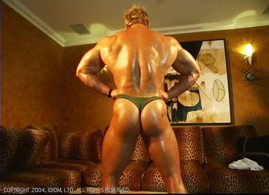 Simon - Muscle Worship Cinema 322