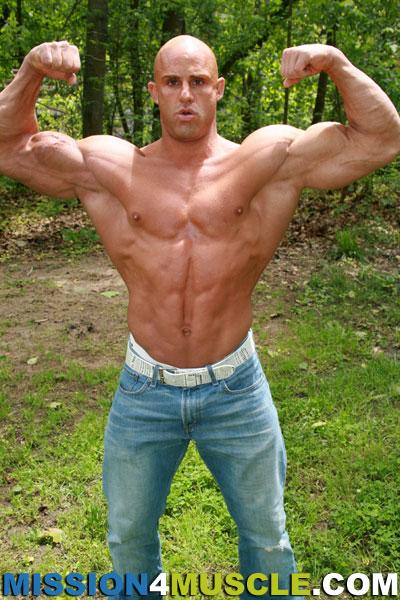 Bodybuilder Beautiful Profiles Peter Latz