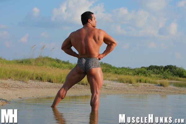 MuscleHunks Ali Galani