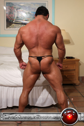 Live Muscle Show Hunter 02