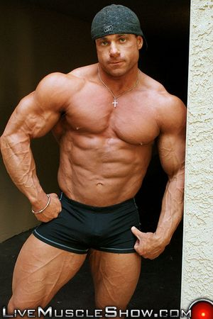 Live Muscle Show Chaz Ryan