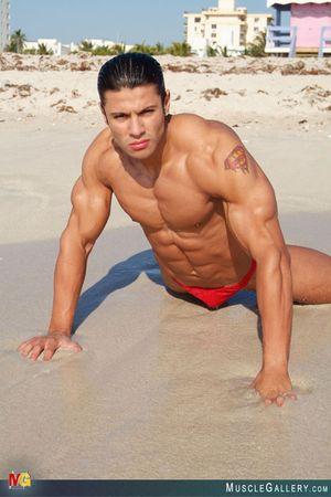 MuscleGallery Ricardo Delgado-11p4