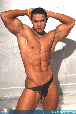 MuscleGallery Ricardo Delgado-17p9