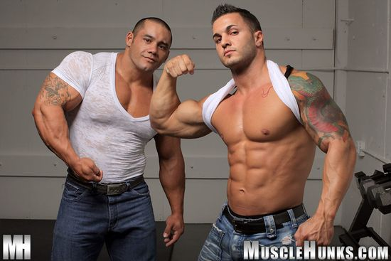 MuscleHunks Diego El Potro and Bill Baker