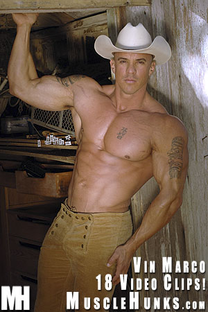 MuscleHunks Vin Marco 03