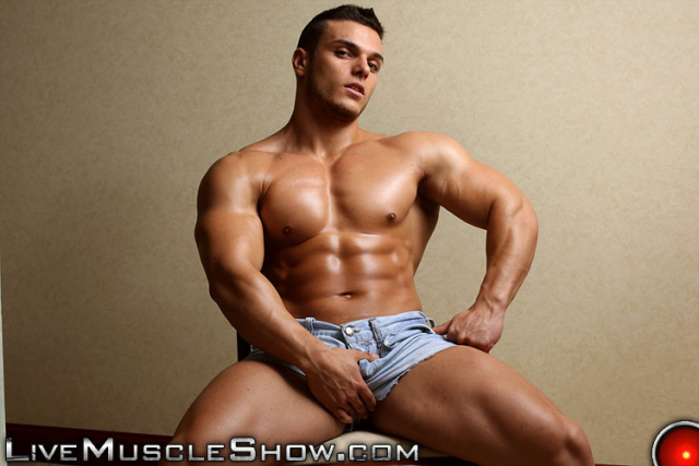 Live Muscle Show Kevin Conrad