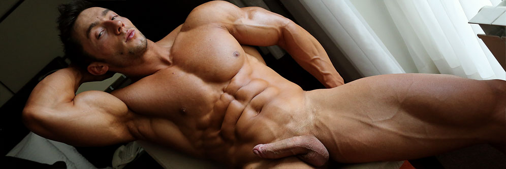 MuscleHunks Chris Bortone