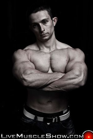 Live Muscle Show Pavel Nikolay