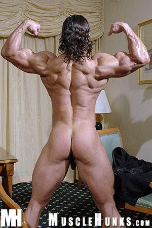 MuscleHunks Lex Attila