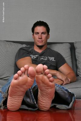 Tanner Feet 10 014