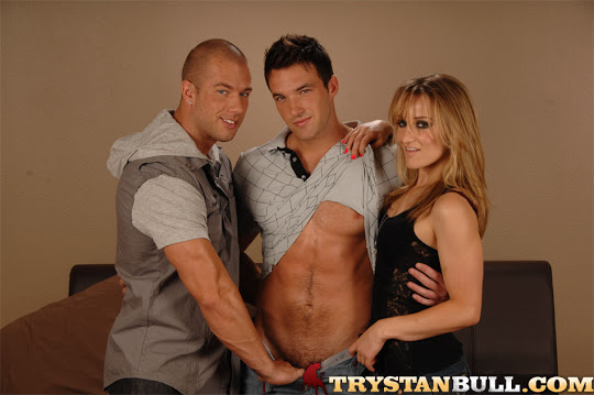8829_002 Trystan Bull, Jessie Cox and Rod Daily