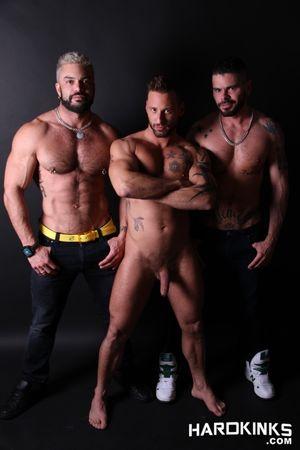 Rogan Richards, Antonio Miracle, Mario Domenech