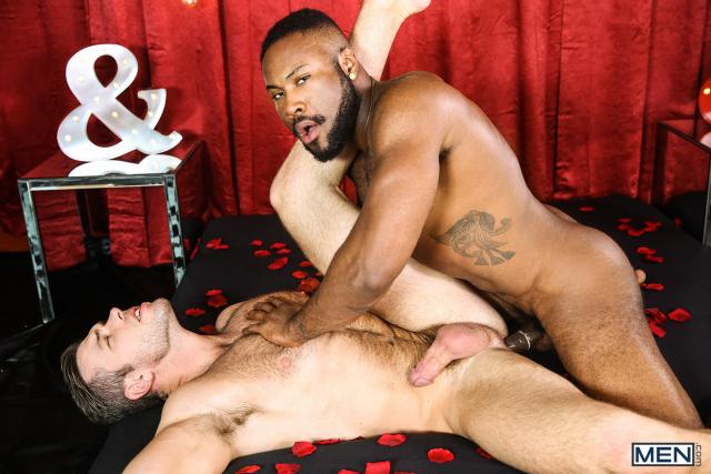 21 Alex Mecum and Noah Donovan in Dirty Valentine Part 2